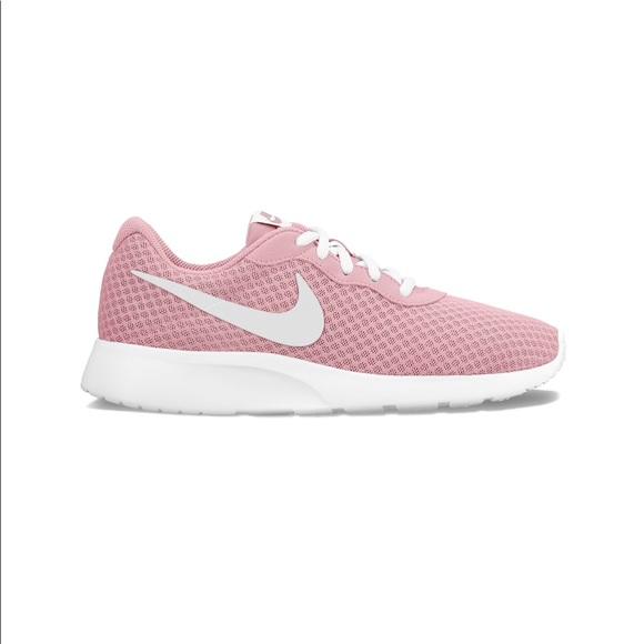 Blush White Nike Tanjun
